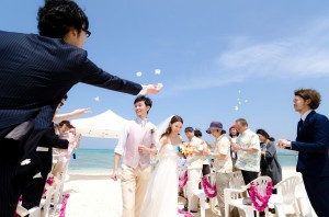 Okinawa Beach Ceremony Shooting by Kafuu Wedding