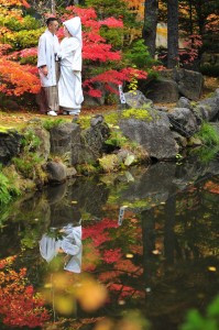 pre wedding at Japanese garden in Hokkaido