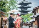 Pre wedding at Kyoto Yasaka shrine