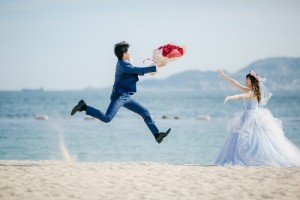 Groom delivers his heart to bride