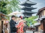 Pre wedding at Kyoto Yasaka shrine